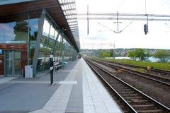 Bahnstation in Schweden lizenzfreies stockfoto