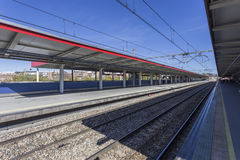 Bahnstation in Spanien Stockbilder