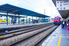Bahnstation von Coimbra B, Portugal Lizenzfreie Stockfotos