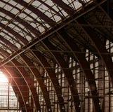 Bahnstations-Dach Stockbild