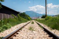 Bahnstrecke geht voran Lizenzfreie Stockfotos