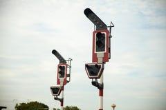 Bahnverkehr auf Pfosten Stockfotos