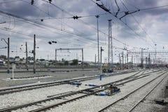 Bahnverkehrsstraße ohne Züge Stockfotos