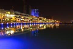 Bahrain horisont på nite 2 Arkivfoton