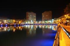 Bahrain horisont på nite 3 Arkivbild