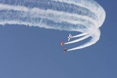 BAHREIN el 17 de diciembre de 2011: Día nacional Airshow de Bahrein Fotografía de archivo