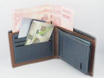 Baht di pagamento con carta di credito dei soldi fotografia stock libera da diritti