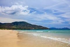 Bai Dai strand (också som är bekant som Long Beach), Khanh Hoa, Vietnam Arkivfoton