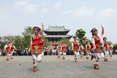 bai-kinesdansare fotografering för bildbyråer
