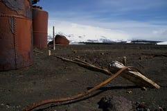 Baia arrugginita Antartide dei Whalers del metallo Immagine Stock Libera da Diritti