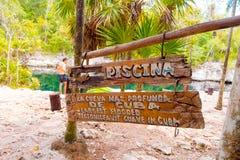 BAIA DEI MAIALI, CUBA - 9 SETTEMBRE 2015: Turista Fotografie Stock Libere da Diritti
