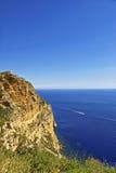 Baia del mar Mediterraneo vicino al cassis, vista della Provenza da alta roccia Fotografie Stock Libere da Diritti