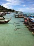 Baia della barcaccia, Phi Phi Island, Tailandia Fotografia Stock Libera da Diritti