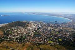 Baia della Tabella e di Città del Capo (Sudafrica) fotografia stock libera da diritti