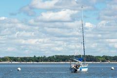 Baia di Arcachon, Francia, barca a vela su acqua Fotografia Stock Libera da Diritti