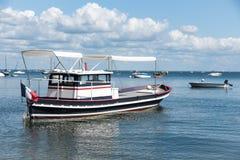 Baia di Arcachon, Francia, barche su acqua Fotografie Stock