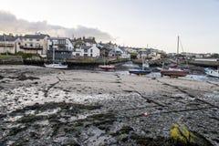Baia di Cemaes in Anglesey - Galles - il Regno Unito fotografia stock
