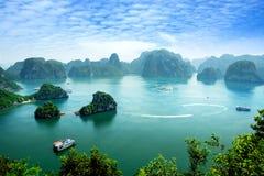 Baia di Halong nel Vietnam Immagini Stock Libere da Diritti