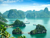 Baia di Halong nel Vietnam Fotografia Stock