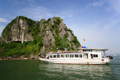 Baia di Halong in Quangninh, Vietnam immagine stock