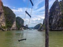 Baia di lunghezza dell'ha, Vietnam fotografie stock