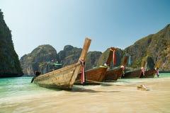 BAIA di MAYA, TAILANDIA - marzo 2016 viaggi a Thailand& x27; spiagge romantiche di s immagine stock libera da diritti
