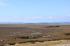 Baia di Morecambe di vista verso la fattoria dalla Banca di Hest Fotografie Stock Libere da Diritti