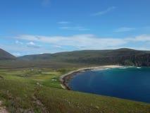 Baia di Rackwick all'isola del Hoy Immagine Stock