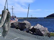 Baia piccola di Maddox del porto del paesino di pescatori dell'entrata di porto Fotografie Stock