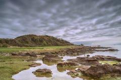 Baia Seamill di Portencross dello stagno della roccia Fotografia Stock Libera da Diritti
