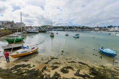 Baie avec des bateaux, dans Finistere Image stock