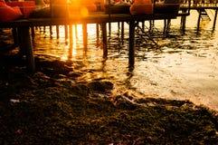 Baie calme de coucher du soleil Photographie stock libre de droits