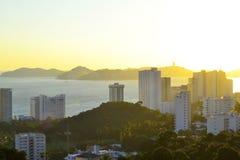 Baie d'Acapulco pendant le matin photos libres de droits