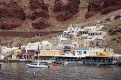 Baie d'Ammoudi, port d'Oia, Santorini, Grèce Photographie stock libre de droits
