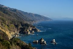 Baie de Big Sur, vue d'océan, la Californie, Etats-Unis image libre de droits