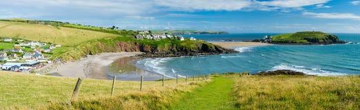 Baie de Challaborough et île Devon England de Burgh Image stock