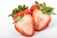 Baie de fraises d'isolement image libre de droits