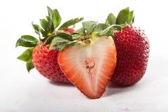 Baie de fraises d'isolement photo libre de droits