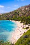 Baie de Hanauma, le meilleur endroit pour naviguer au schnorchel dans Oahu, Hawaï photographie stock libre de droits