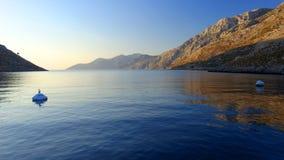 Baie de Palionisos sur l'île de Kalymnos Photo stock