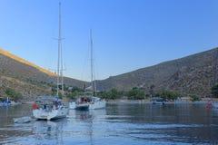 Baie de Palionisos sur l'île de Kalymnos Image stock