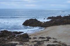 Baie de plage de castro de São Paio photos libres de droits