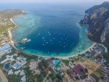 Baie de Tonsay dans des îles de PhiPhi Image stock