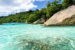 Baie de turquoise de mer d'Andaman Photo stock