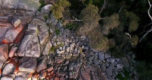 Baie des feux dans la baie de Binalong, Tasmanie banque de vidéos