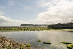 Baie du nord de Scarborough, North Yorkshire, Angleterre, Royaume-Uni Images stock