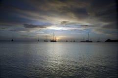 Baie St Lucia de Reduit de coucher du soleil images stock