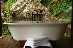 Baignoire Seychelles de station thermale Photographie stock libre de droits