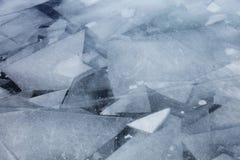 Baikal湖冰的几何样式 冬天 库存图片