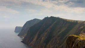 Δύσκολη ακτή της λίμνης Baikal   απόθεμα βίντεο